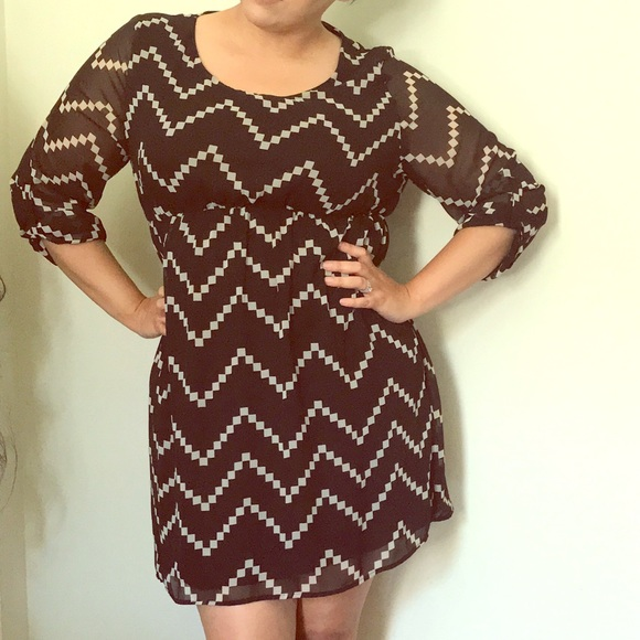 Pinkblush Dresses & Skirts - Pink Blush Maternity Dress Black/Beige Chevron 1XL
